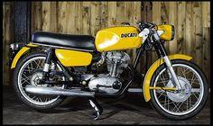 1967 Ducati 250 Ducati Desmo, Ducati 848, Ducati Motorcycles, Vintage Motorcycles, Ducati Classic, Classic Bikes, Street Bikes, Auction, Vehicles