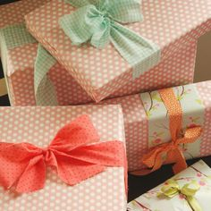 Amy used fabric strips instead of ribbon and tied them around her pretty birthday gifts. Love this idea!
