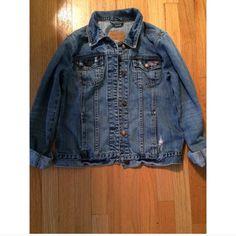 Hollister Denim Jacket Excellent condition. No signs of wear. Hollister Jackets & Coats Jean Jackets