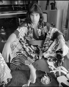 "long-haired-freddie-mercury: "" These kimono photos are my favourite By Robert Ellis. Queen Freddie Mercury, Mary Austin Freddie Mercury, We Will Rock You, I Still Love You, John Deacon, Bryan May, Mr Fahrenheit, Freddie Mecury, Impression Poster"