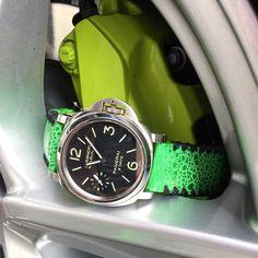 #mulpix 💚Panerai on @combat_straps and Porsche breaks💚  #rolex #rolexero #rolexblog #lovewatches #watches #wwatches #watchporn #wristporn #wristshot #watchoftheday #rolexwrist #fashion #style #luxury #luxurytimepieces #swissmade #dailywatches #TheWatchesClub #swisswatchambassador #suitcarwatches #porsche #panerai #breaks #combatstraps #pam #cayenne #green