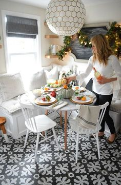 Christmas Entertaining Ideas and Casual Table Setting - Nesting With Grace