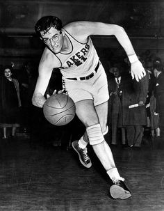 On this date in the NBA was born, giving rise to basketball stars like Lakers legend (and Clark Kent look-a-like) George Mikan. George Mikan, I Love Basketball, Basketball Pictures, Purdue Basketball, Basketball Legends, Hockey, Nba Players, Basketball Players, Bob Pettit