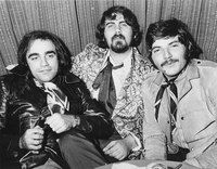 Fallece el cantante griego Demis Roussos - Foto 3 Goodbye My Love, I Cant Sleep, Sound Healing, Hold My Hand, Happy Vibes, Best Vibrators, Coincidences, Positive Attitude, Aphrodite