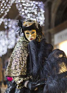 pour retrouver le tableau MASKS CARNIVAL de Yumiko Blue carnevale di venezia | venice carnival #masks