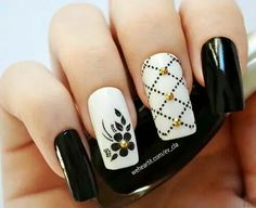 Nail Art - Nagel Design , Nail Trends , nail art galleries - Black and white Nail art visit here for more nail art inspo Black And White Nail Art, White Nails, Nail Color Trends, Nail Colors, Nail Art Designs 2016, Nailart, Cute Acrylic Nails, Flower Nails, Nail Art Galleries
