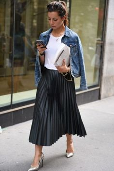 20 must have business outfit ideas perfect for women's 00076 20 müssen Business-Outfit-Ideen haben, Mode Outfits, Casual Outfits, Fashion Outfits, Fashion Weeks, Skirt Fashion, White Blazer Outfits, Looks Street Style, Looks Style, Long Denim Jacket