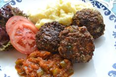 Mince Recipes, Snack Recipes, South African Recipes, Ethnic Recipes, Classic Meatloaf Recipe, Food Trends, Meatloaf Recipes, Light Recipes, Main Meals