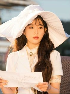 #IU #Hotel_Del_Luna #tvN #JangManWol #LeeJiEun #YeoJinGoo Korean Actresses, Korean Actors, Actors & Actresses, Korean Dramas, Korean Star, Korean Girl, Idol 3, Eunji Apink, Bae Suzy