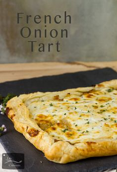 French Onion Tart - Sweet caramelized onions topped with earthy goat cheese and all baked up in a flaky delicious puff pastry tart. Onion Recipes, Tart Recipes, Brunch Recipes, Cooking Recipes, Healthy Appetizers, Appetizer Recipes, Cheese Tarts, Goat Cheese, French Dishes