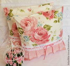 Наволочка Крупные розы - подушка,наволочка,подарок на новоселье,подарок на день рождения