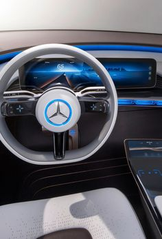 Mercedes  Generation EQ Concept 2016 Paris MotorShow Cluster & Central Display Design