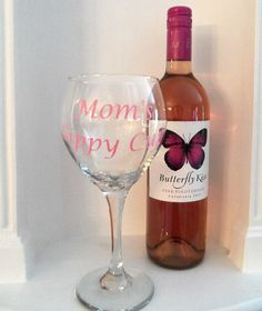 Personalized Moms Sippy Cup Wine Glass Gift by YouniquelyElegant, $12.00