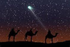 Rond deze tijd zijn velen onderweg naar Bethlehem om daar de komende dagen het Kerstfeest te vieren, het inwonertal van het stadje gaat minimaal maal twee en misschien wel maal 4 omdat er duizenden mensen komen ter herdenking aan de geboorte van de Heere Jezus. Bethlehem heeft bijna 30.000 inwoners dus er zijn er de komende tijd 90.000 en waarschijnlijk nog veel meer. In de tijd van de geboorte van de Heere Jezus was het ook heel druk in Bethlehem.
