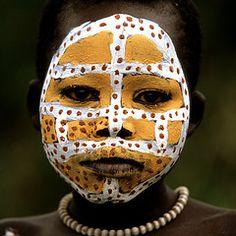 AFRICAN BODY ART 39