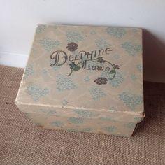 VINTAGE CARDBOARD JEWELRY BOX DELPHING LAWN