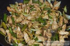 Výsledek obrázku pro zdravý oběd z kuřecího masa Sprouts, Meat, Chicken, Vegetables, Food, Essen, Vegetable Recipes, Meals, Yemek