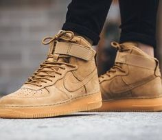 Nike Air Force 1 High Flax Flax Outdoor Green 1