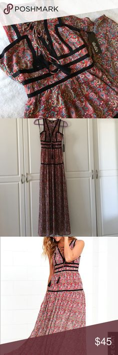 Paisley print maxi dress NEW! Beautiful red paisley print maxi dress by Lulu's. Lulu's Dresses Maxi
