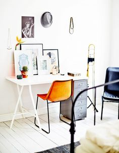 10 Tips for Creating the Ultimate At-Home Office via @domainehome