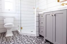 5 Clever Tips AND Tricks: Shower Remodel On A Budget How To Paint bathroom shower remodel.Shower Remodel With Bench shower remodel ideas master bath.Garden Tub To Shower Remodel. Shiplap Bathroom, Wooden Bathroom, Diy Bathroom Decor, Bathroom Interior, Bathroom Ideas, Tiled Bathrooms, Paint Bathroom, Small Bathrooms, Washroom