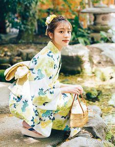 Japanese Outfits, Japanese Fashion, Japan Woman, Female Poses, Yukata, Ao Dai, Asian Style, Geisha, Traditional Outfits