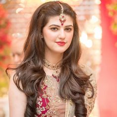 Bookings open for 2018 call or WhatsApp 92 333 5916771 92 333 Kindly inbox us for our updated packages Detail. Wedding Day Wedding Planner Your Big Day Weddings Wedding Dresses Wedding bells Pakistani Bridal Hairstyles, Saree Hairstyles, Open Hairstyles, Indian Wedding Hairstyles, Pakistani Bridal Dresses, Braided Hairstyles, Tikka Hairstyle, Daily Hairstyles, Pakistani Outfits