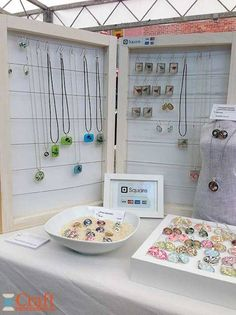Inspiration for craft fair booths. Lots of examples and pictures!
