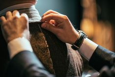 Mr.fenice|異端児が奏でる正統派の系譜 Mr.fenice(ミスターフェ二ーチェ)は、ROTA、Attovannucci、alessandroguerra、marini等、変わることのない大人のためのワードローブを提案します。 Fitbit, Gallery, Fashion, Moda, Roof Rack, Fashion Styles, Fashion Illustrations