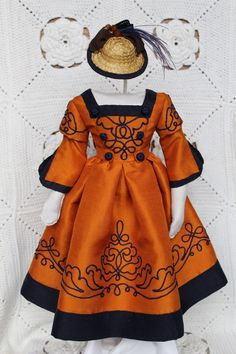 Beautiful dress and hat for antique French fashion doll Baby Doll Clothes, Doll Clothes Patterns, Clothing Patterns, Vintage Dresses, Vintage Outfits, Fashion Dolls, Fashion Outfits, A 17, Couture Dresses