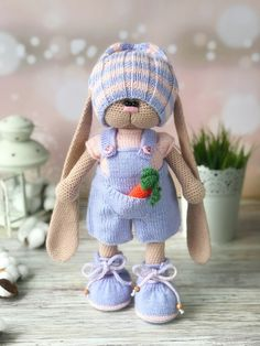 Free Amigurumi Patterns To Melt Your Heart Ideas New 2020 - Page 17 of 30 - crochetsample. Knitted Dolls Free, Doll Amigurumi Free Pattern, Plush Pattern, Crochet Doll Pattern, Crochet Bunny, Cute Crochet, Amigurumi Doll, Crochet Dolls, Crochet Birds