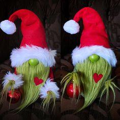 Grinch Christmas Decorations, Diy Christmas Ornaments, Diy Christmas Gifts, Christmas Projects, All Things Christmas, Winter Christmas, Holiday Crafts, Christmas Holidays, Craft Fairs