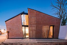 Gallery of 18 Fantastic Permeable Facades - 9