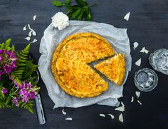 Glutenfri Västerbottenspaj Tasty, Yummy Food, Gluten Free Recipes, Free Food, Quiche, Camembert Cheese, Bacon, Food And Drink, Cooking