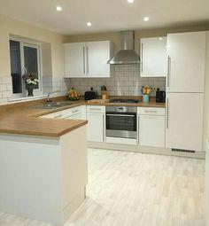 Open Plan Kitchen Living Room, Kitchen Room Design, Home Decor Kitchen, Kitchen Interior, Kitchen Themes, Kitchen Cabinet Styles, Kitchen Cupboards, Cottage Kitchens, Home Kitchens