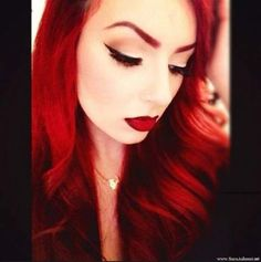 red pin up girl Beauty Art, Beauty Makeup, Eye Makeup, Beauty Hacks, Hair Makeup, Hair Beauty, Beauty Trends, Red Eyebrows, How To Color Eyebrows