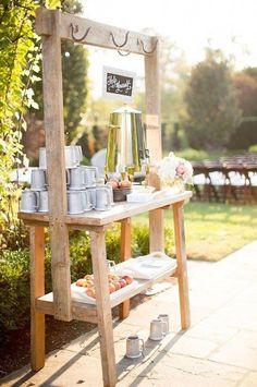 The Apple Cider Bar is the Best Fall Wedding Trend Yet - Kaffee Bar Wedding Brunch Reception, Wedding Catering, Fall Wedding Drinks, Wedding Menu, Autumn Wedding, Budget Wedding, Garden Wedding, Wedding Gowns, Wedding Cakes