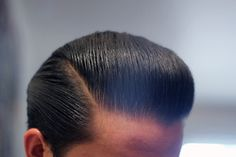 How to Style a Pompadour with Thin & Straight Hair, Men's Hair. Hair Trends 2015, Mens Hair Trends, Leonardo Dicaprio Hair, Rockabilly, Thin Straight Hair, Thin Hair, Pompadour Hairstyle, Undercut Pompadour, Style Hairstyle