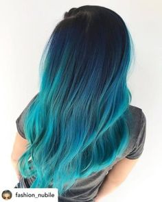 Beautiful dark blue to teal color melt. You ve heard of ombr and balayage, but what about color melting Learn everything you need to know about the trendy new color melt hair color technique. Cute Hair Colors, Pretty Hair Color, Beautiful Hair Color, Hair Dye Colors, Hair Color Blue, Hair Color Tips, Teal Ombre Hair, Cabelo Ombre Hair, Blue Hair Balayage