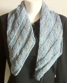 WomenTeen100% Silk Beads Pearls Sequins by Reginastimelessknits