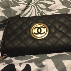 Micheal Kors Black Wallet! A black MK wallet! I wore a lot last year still in great condition!  One of my favorite wallets and hate to part with it! I think you would ❤️ too like I did! Michael Kors Bags Wallets