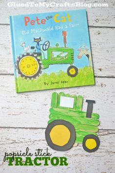 Today'sPopsicle Stick Tractoris ALL about akid craft in honor of the classic song everyone knows the tune too! PLUS it goes along perfectly with the illustrated bookPete the Cat: Old McDonald Had A Farmby James Dean