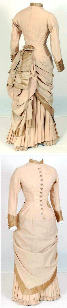 Dress, ca. 1880-85. Wool, cotton, silk. Mode Museum, Antwerp