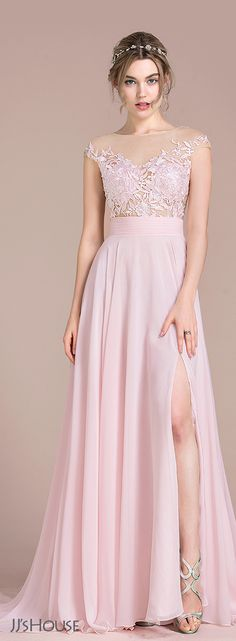 All eyes are sure to be on you from the moment you debut this chiffon prom dress! A fitted sash and a sweep train skirt with split create a pretty A-line silhouette. Simple Dresses, Elegant Dresses, Pretty Dresses, Formal Dresses, Gala Dresses, Evening Dresses, Fashion Dresses, Dress Outfits, Perfect Prom Dress