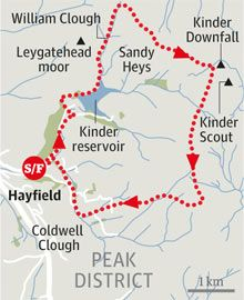 A historic walk via Kinder Scout, Derbyshire Motorhome Travels, United Kingdom Map, Hiking Places, Camping Uk, Country Walk, Walking Routes, Living On The Edge, Bike Trails, Hiking Trails