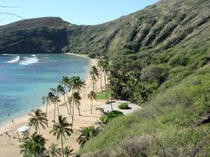 Hawaii:beach, warm weather, beautiful water....i want to go to there!