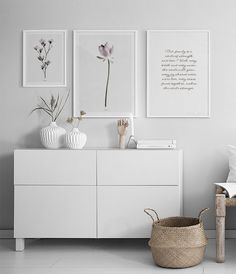 7 Ways to style your bedroom cabinet for the magical cold season - Daily Dream Decor Decor Room, Home Decor Bedroom, Living Room Decor, Decor Diy, New Furniture, Bedroom Furniture, Garden Furniture, Best Decor, Bedroom Cabinets