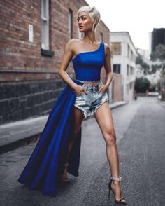 Fashion Look 2017 Best Street Style, Street Chic, Fashion Models, High Fashion, Fashion Outfits, Micah Gianelli, Look 2017, Sexy Legs, Stylish Clothes