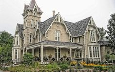 The Carson Mansion, considered the most grand Victorian home in USA located in Eureka, California La Mansión Carson, considerada la más grande casa victoriana en EE. Description from pinterest.com. I searched for this on bing.com/images