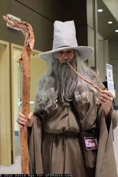 Very cool Gandalf cosplay from Lord of the Rings